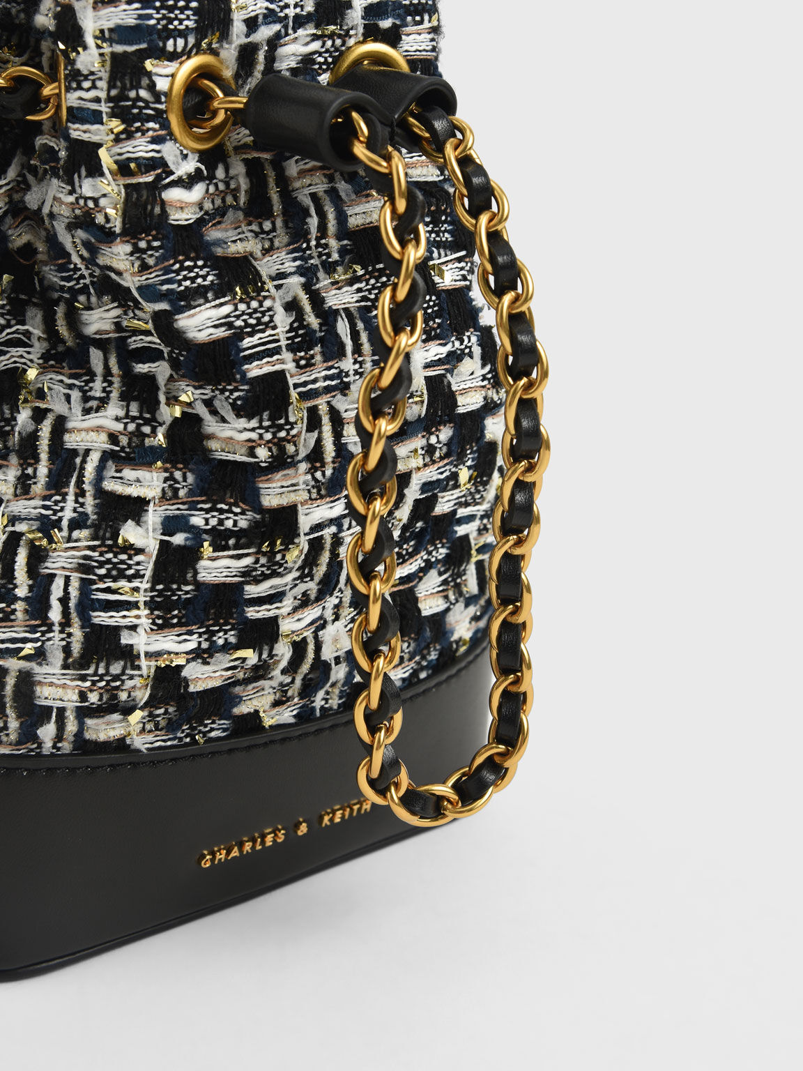 Chunky Chain Tweed Bucket Bag, Navy, hi-res