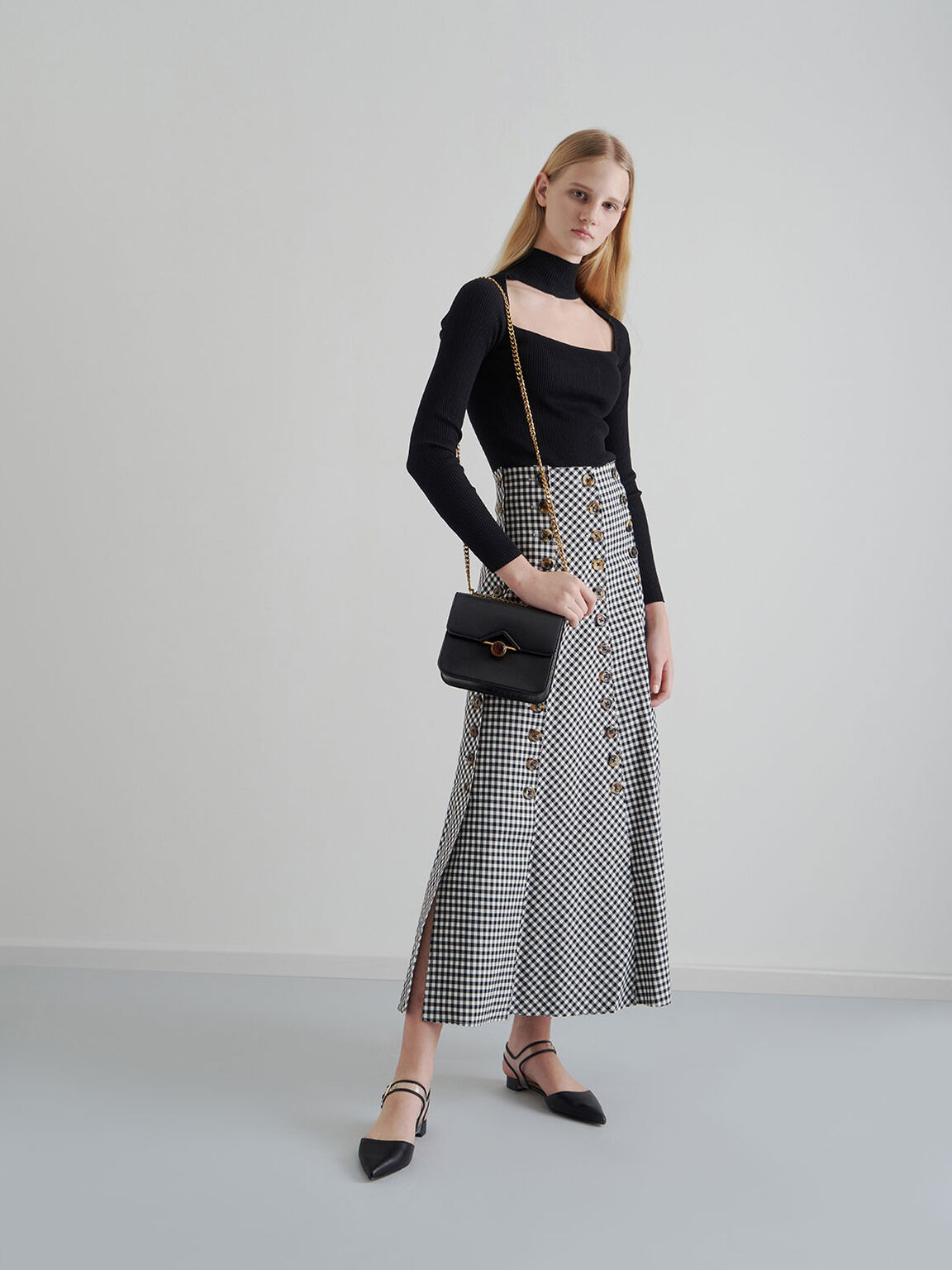 Embellished Buckle Chain Strap Bag, Black, hi-res