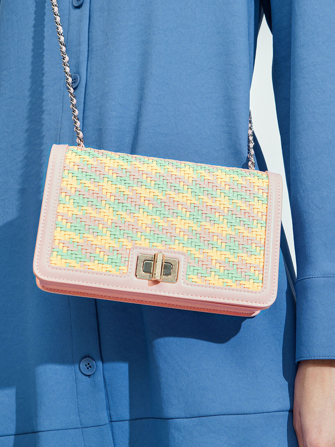 Woven Turn-Lock Clutch, Pink, hi-res