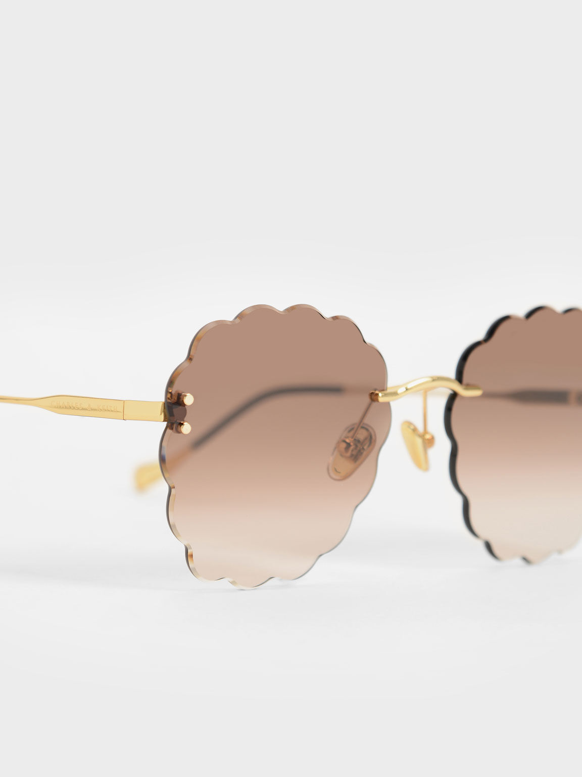 Scalloped Butterfly Sunglasses, Gold, hi-res