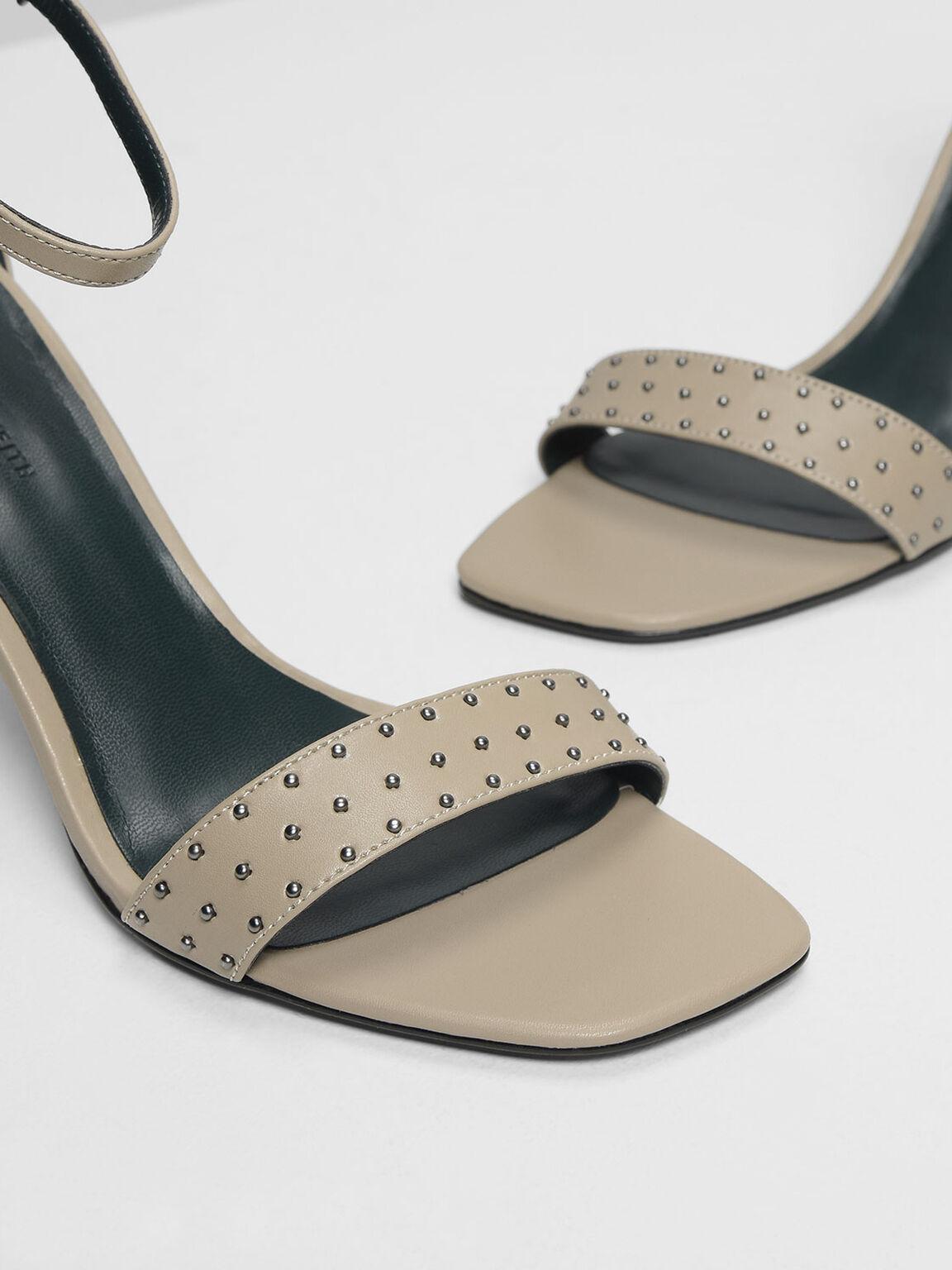鉚釘高跟涼鞋, 石灰白, hi-res