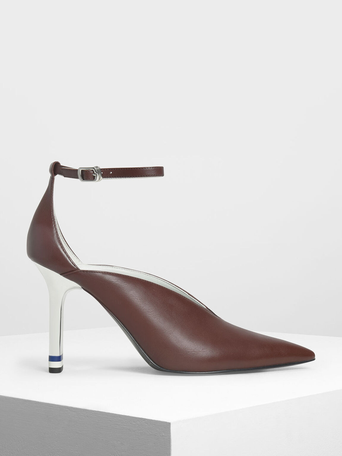 V-Cut Pointed Toe Pumps, Dark Brown, hi-res