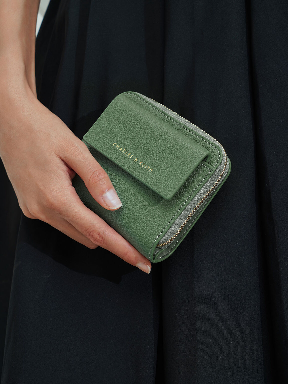 Textured Mini Short Wallet, Sage Green, hi-res