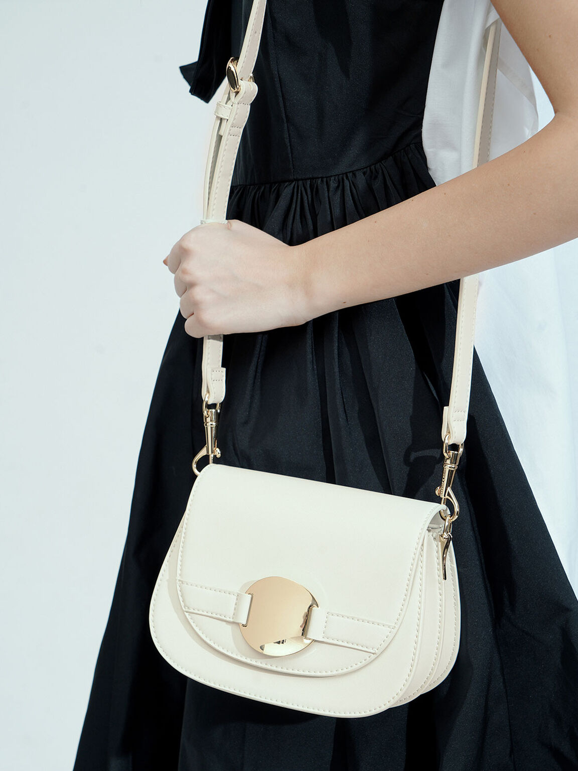 Metal Accent Shoulder Bag, Chalk, hi-res