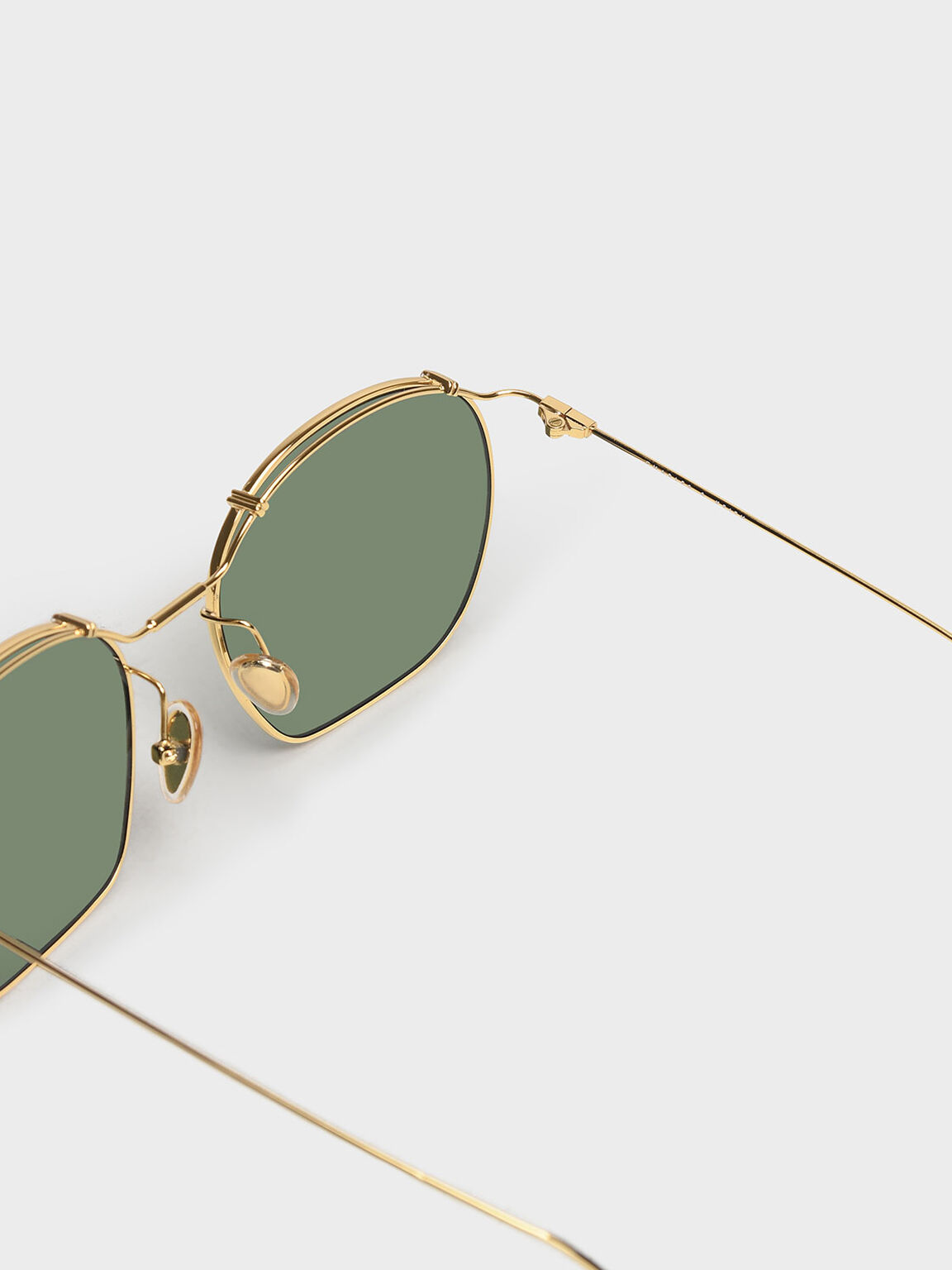 Wire Frame Oversized Sunglasses, Gold, hi-res