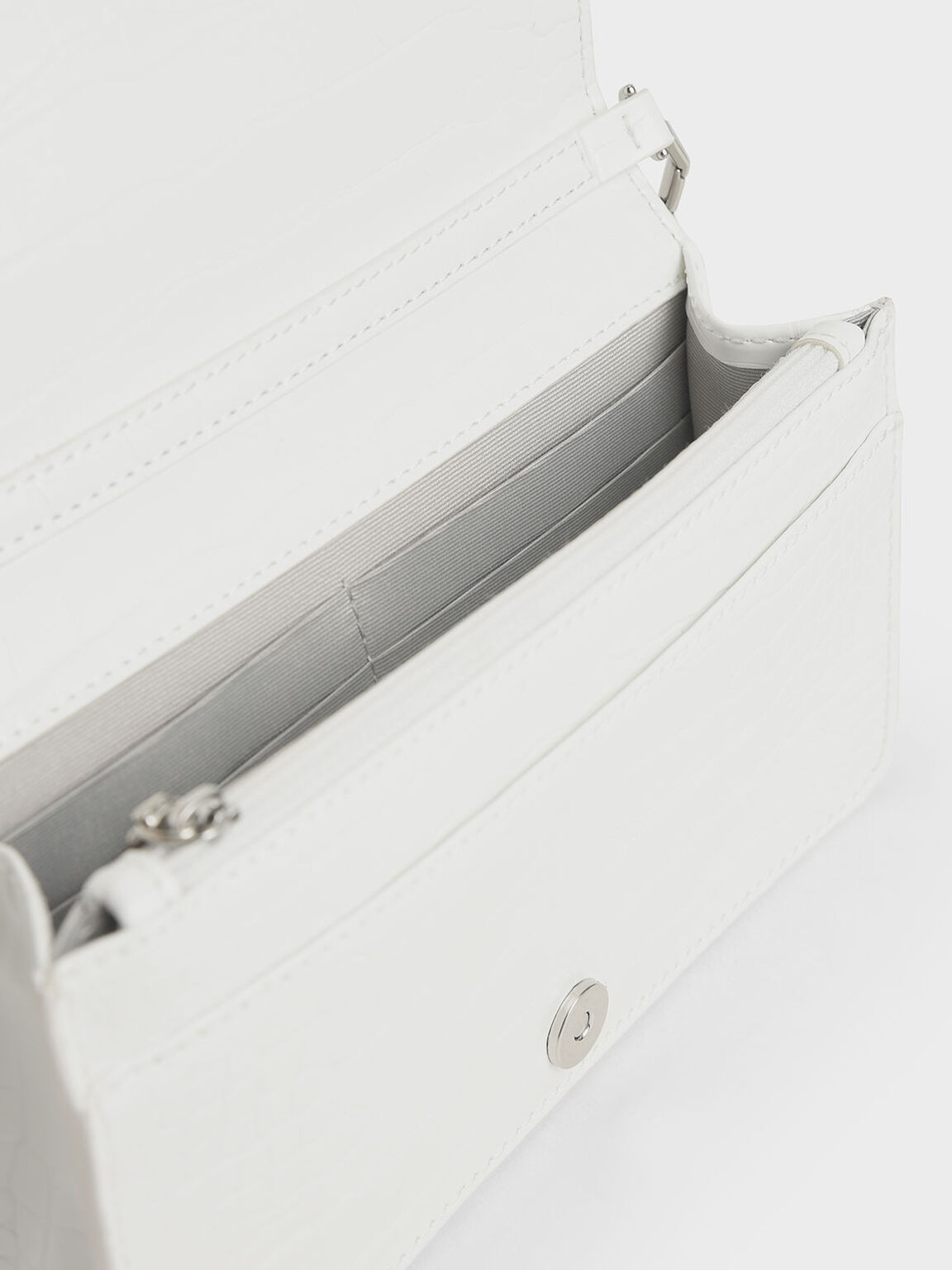 Croc-Effect Chain-Trimmed Clutch, White, hi-res