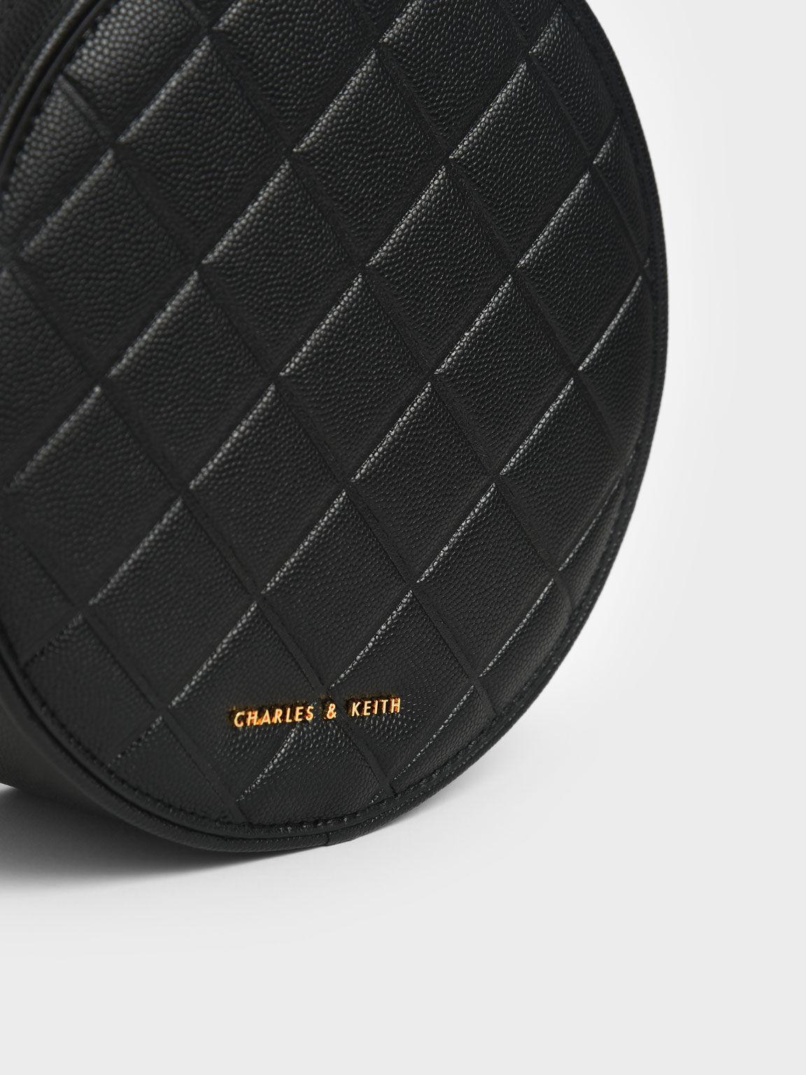 Quilted Circle Bag, Black, hi-res