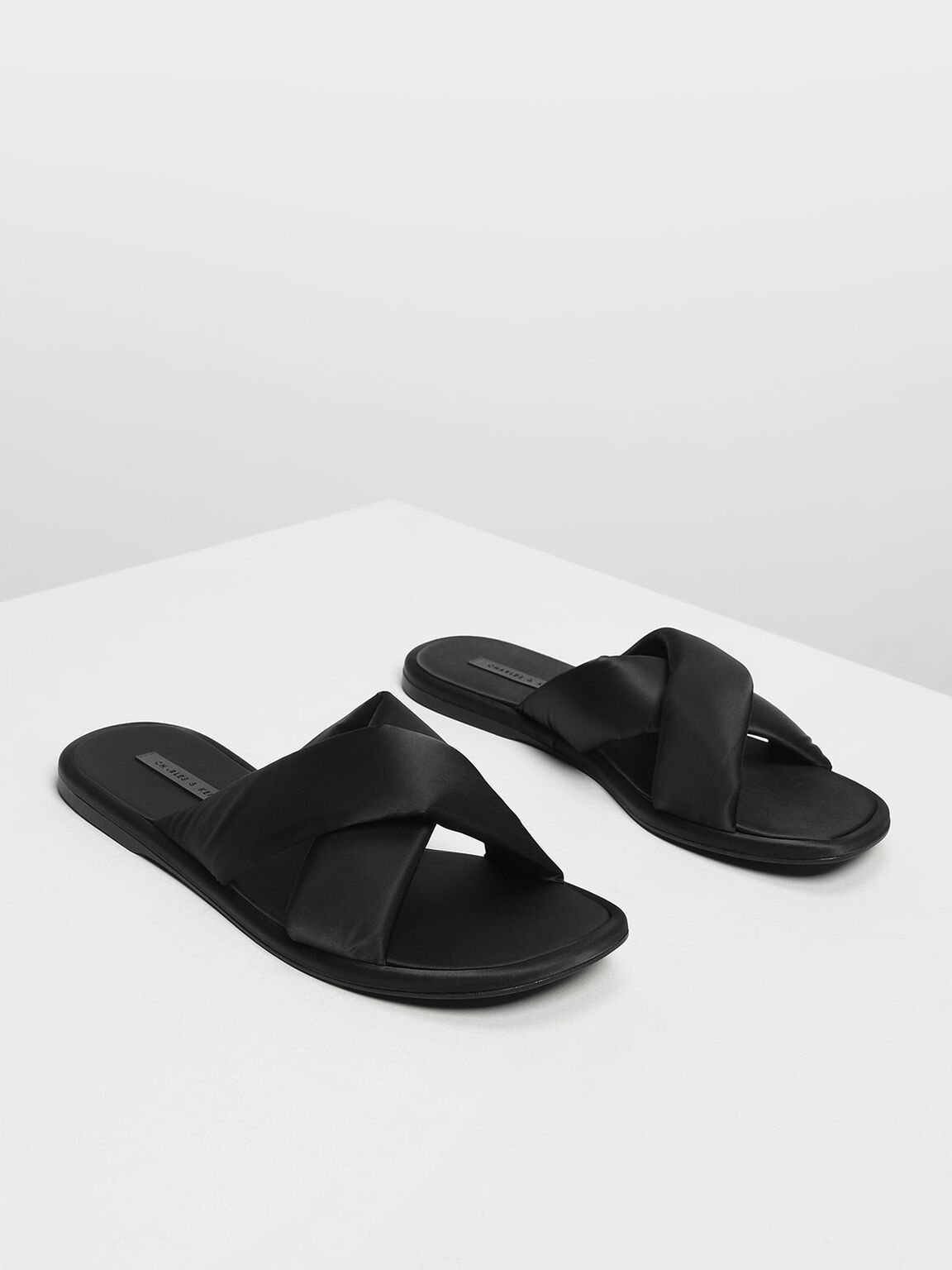 Puffed Crossband Sliders, Black, hi-res