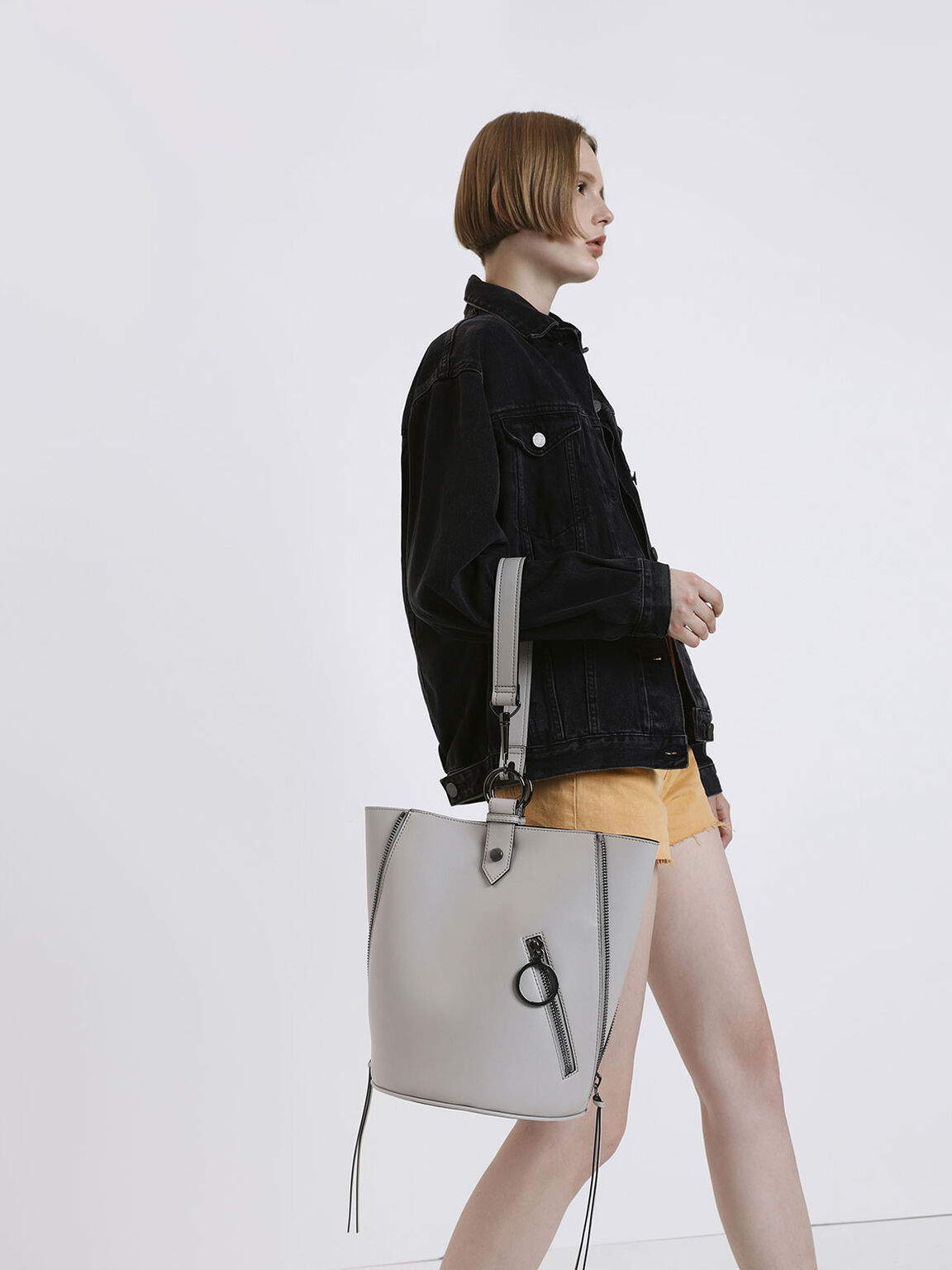 Ring Zip Pocket Geometric Bucket Bag, Grey, hi-res