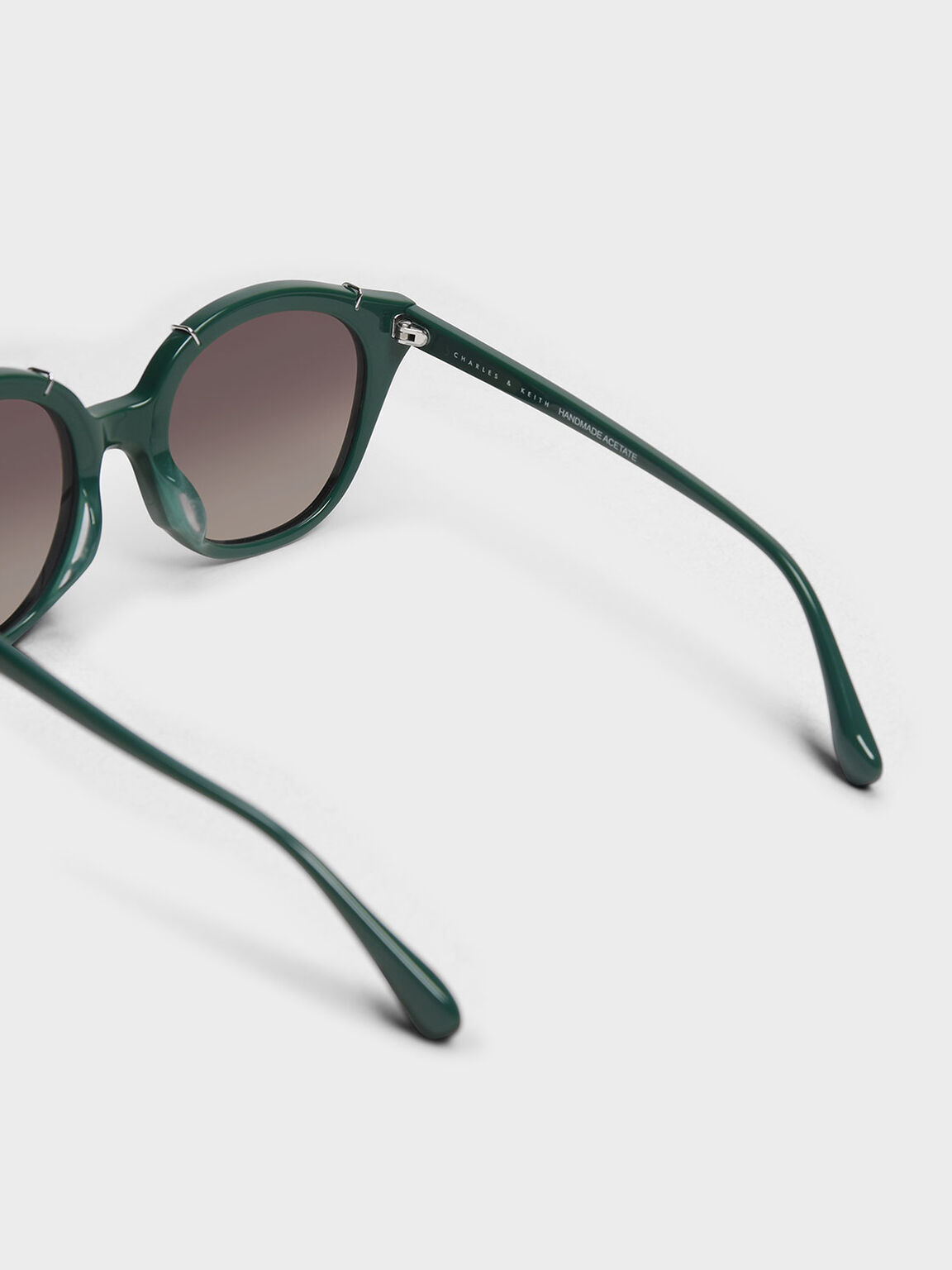 Metallic Accent Cat Eye Sunglasses, Green, hi-res