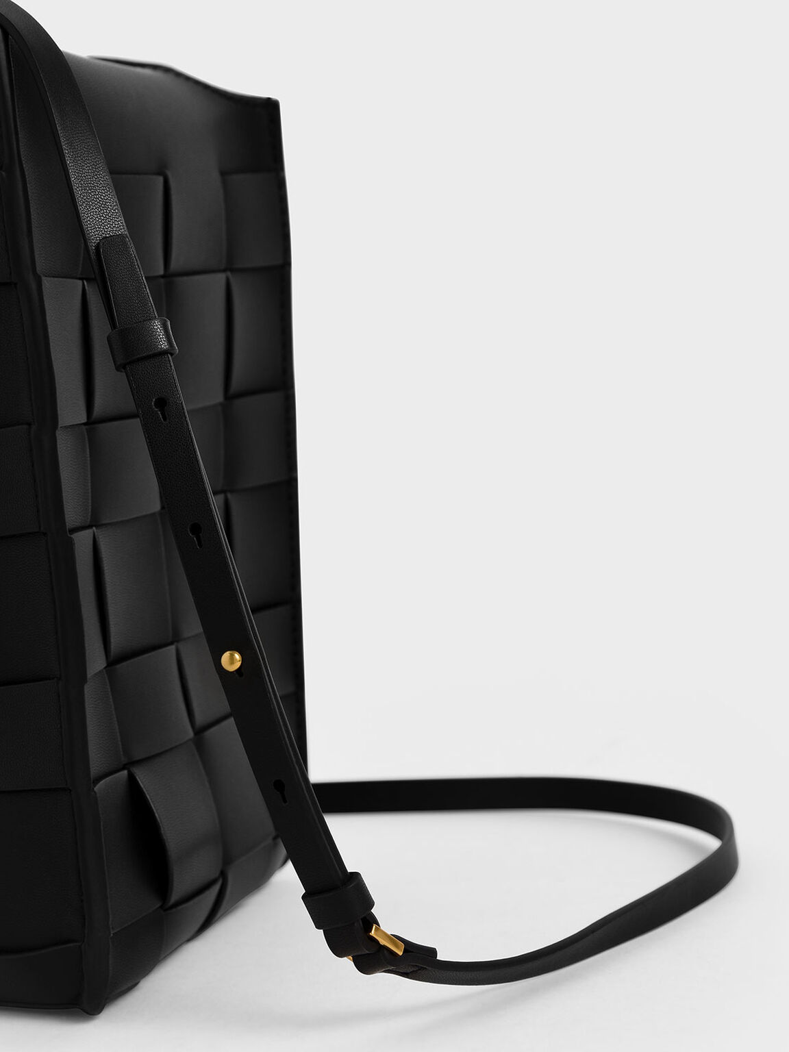Woven Single Handle Bucket Bag, Black, hi-res