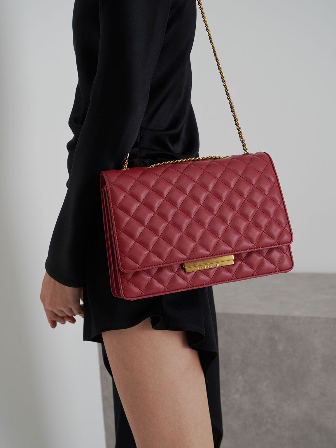 Quilted Chain Strap Shoulder Bag, Red, hi-res