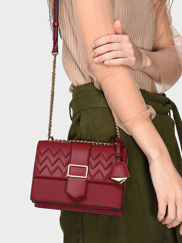 Front Flap Chain Strap Crossbody Bag, Red, hi-res
