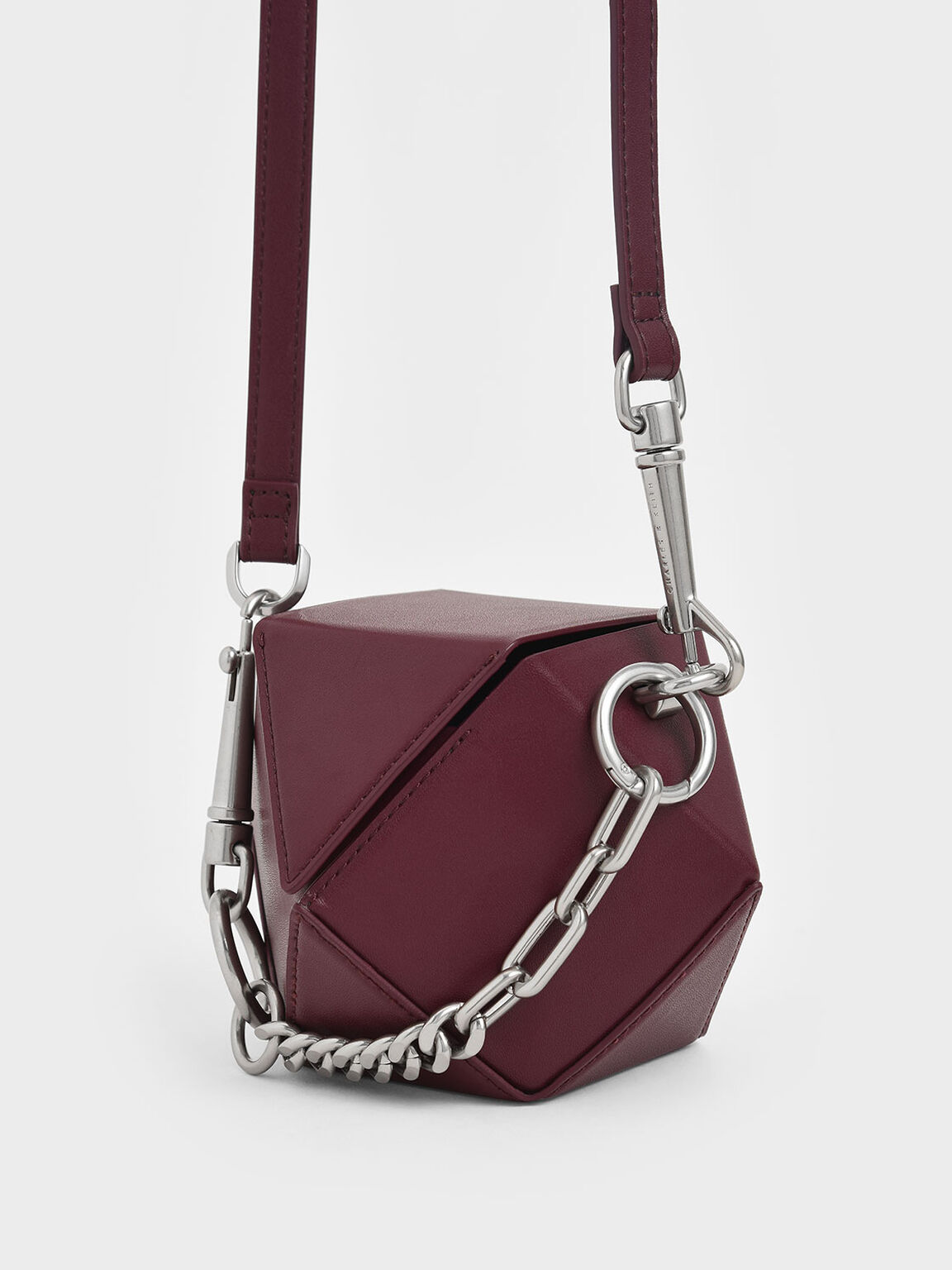 Chunky Chain Handle Hexagon Clutch, Burgundy, hi-res