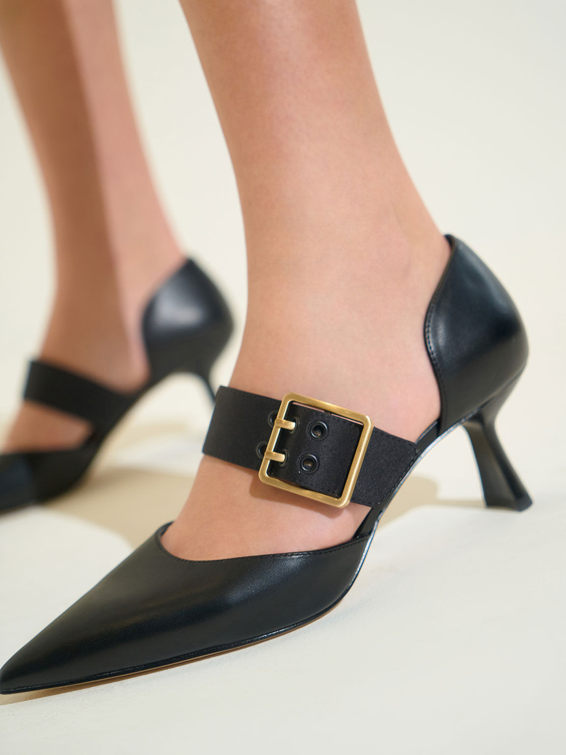 Oversized Buckle Pointed Toe Pumps, Black, hi-res