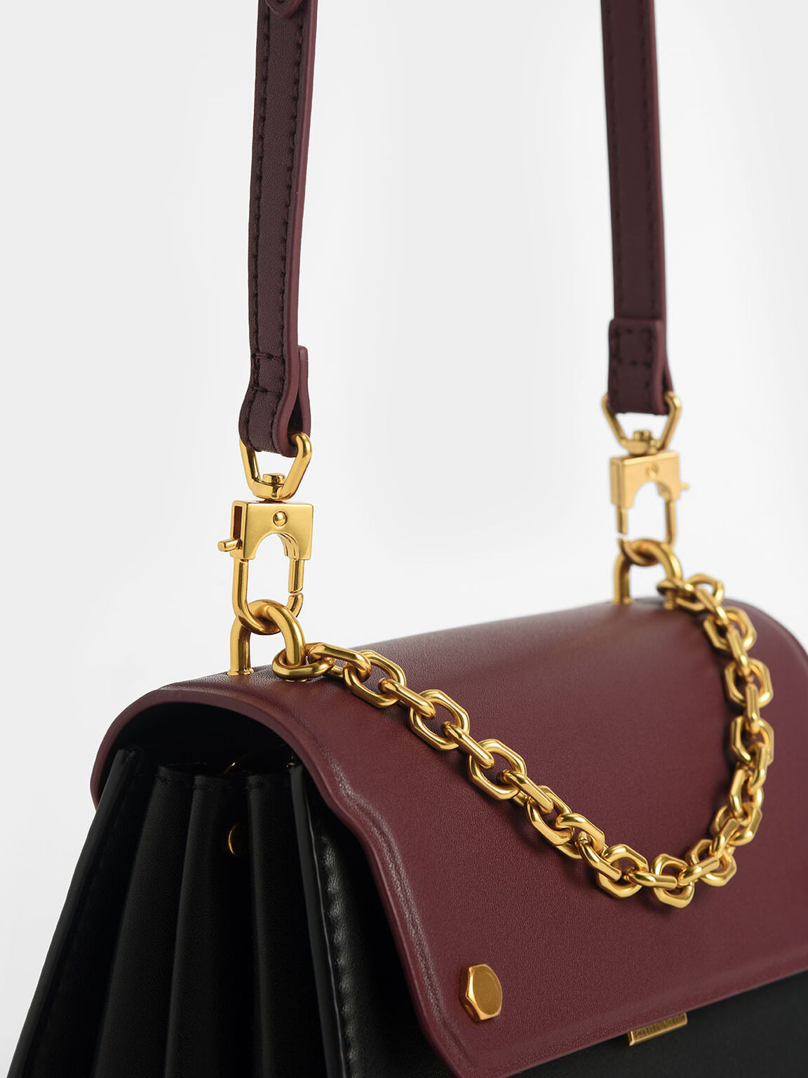 Two-Tone Chain Handle Crossbody Bag, Black, hi-res