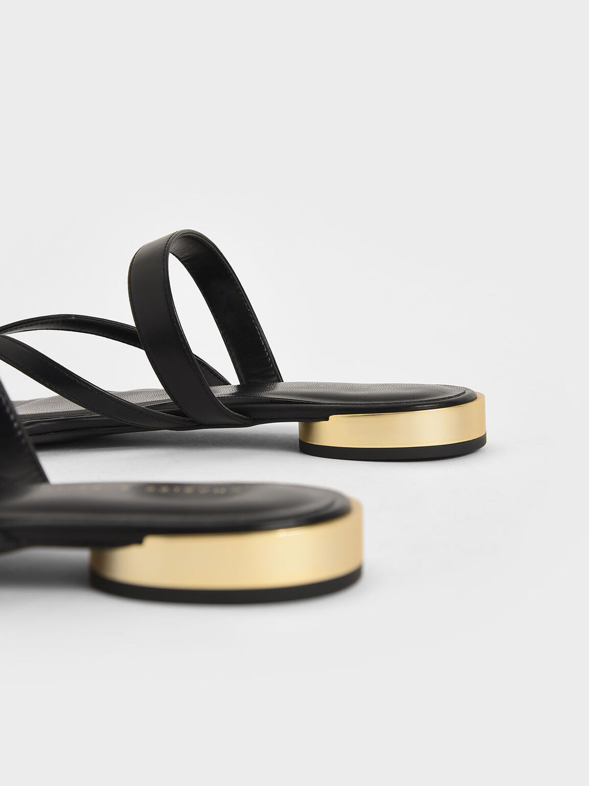 Open-Toe Thong Sandals, Black, hi-res
