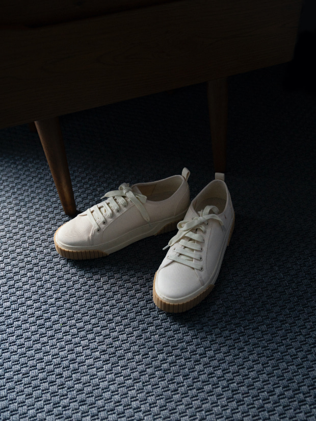 Women's recycled cotton low-top sneakers in cream - CHARLES & KEITH