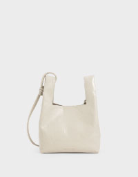 PATENT SQUARE HANDLE TOTE BAG
