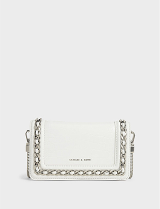 CROC-EFFECT CHAIN TRIMMED CLUTCH