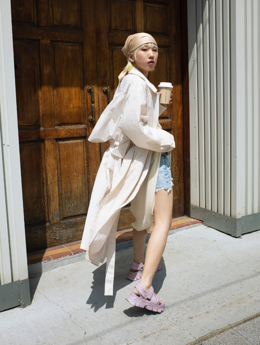 Women's chunky sports sandals in lilac, as seen on Nara Kim - CHARLES & KEITH