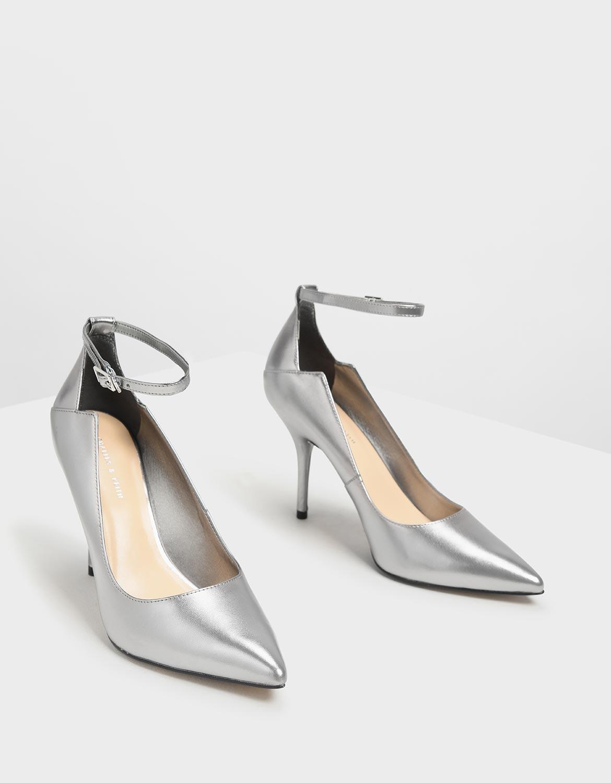 銀色繞踝尖頭高跟鞋 - CHARLES & KEITH