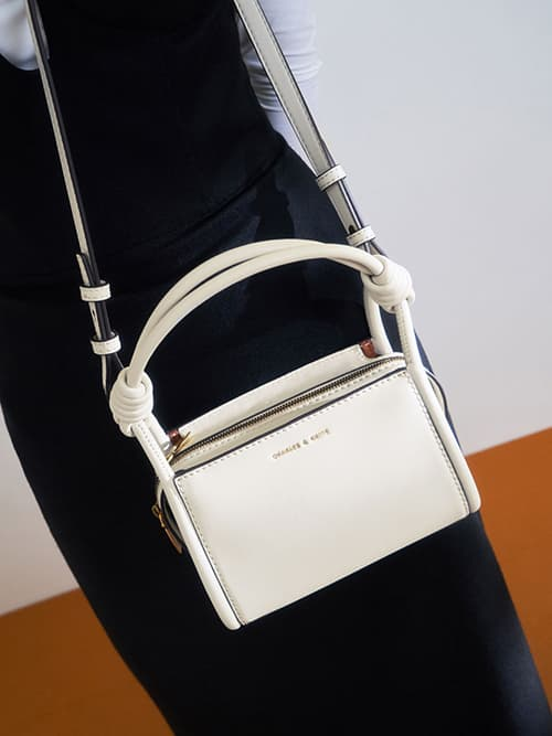 Knotted Handle Boxy Bag