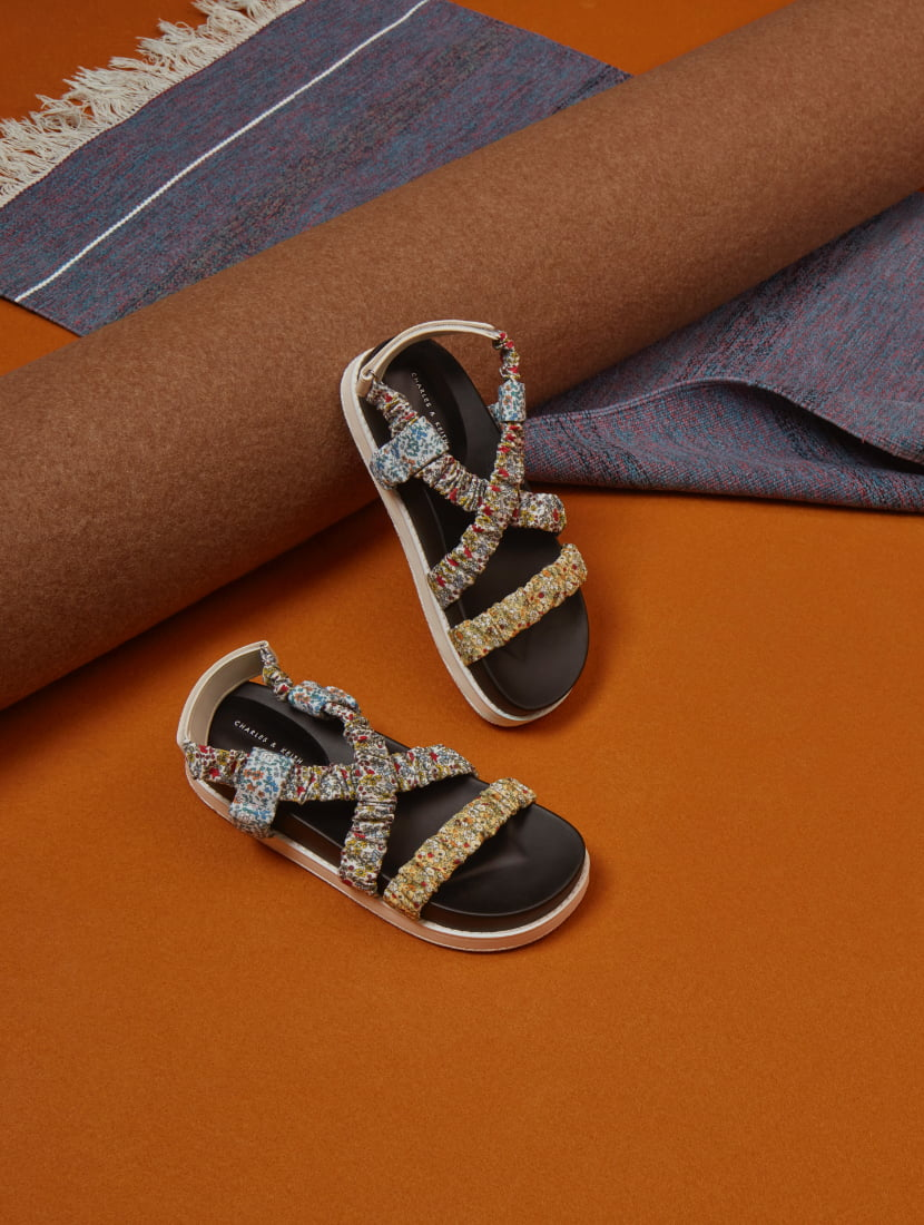 Women's printed fabric ruched crossover sandals - CHARLES & KEITH