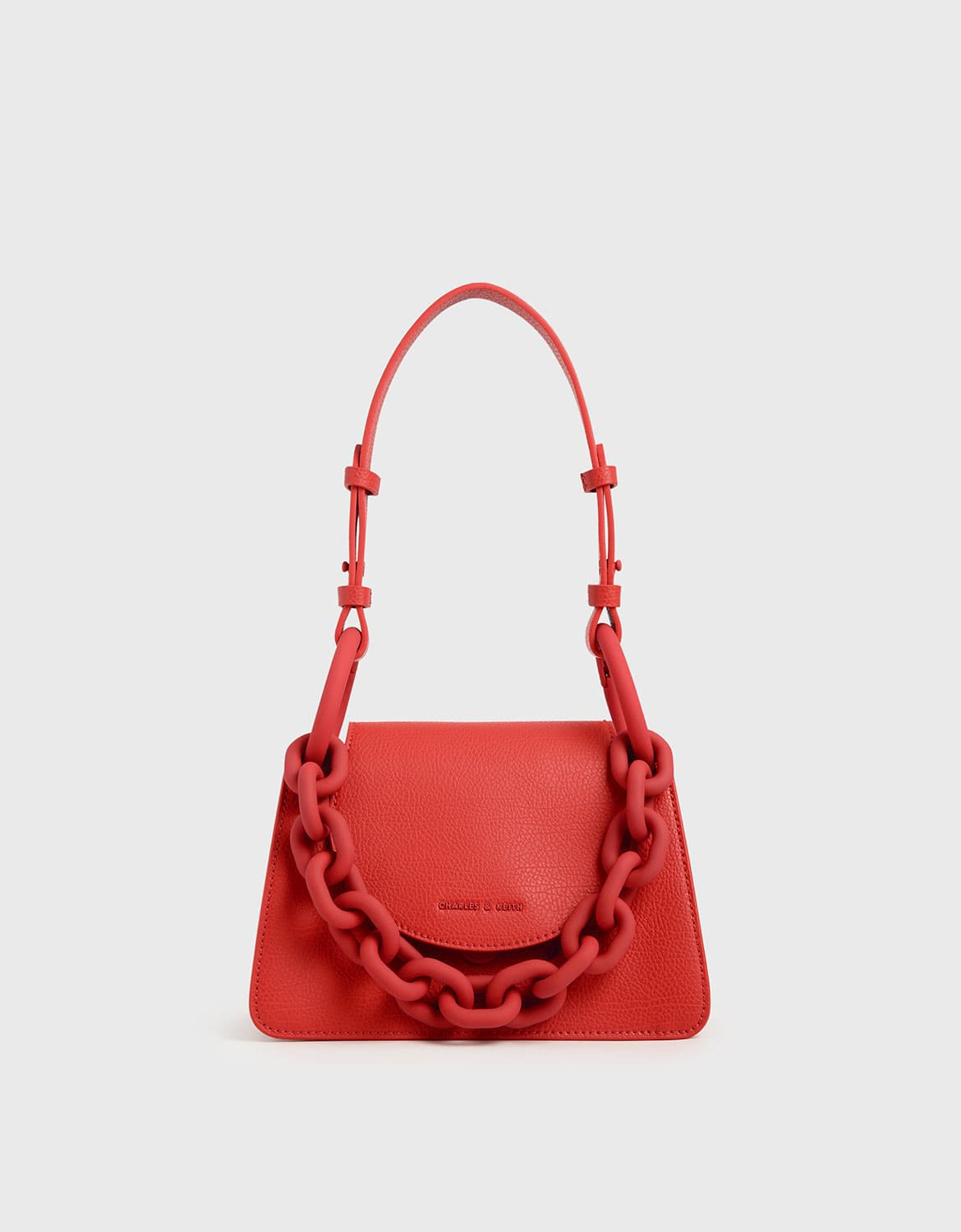 chunky chain link small shoulder bag in red – CHARLES & KEITH