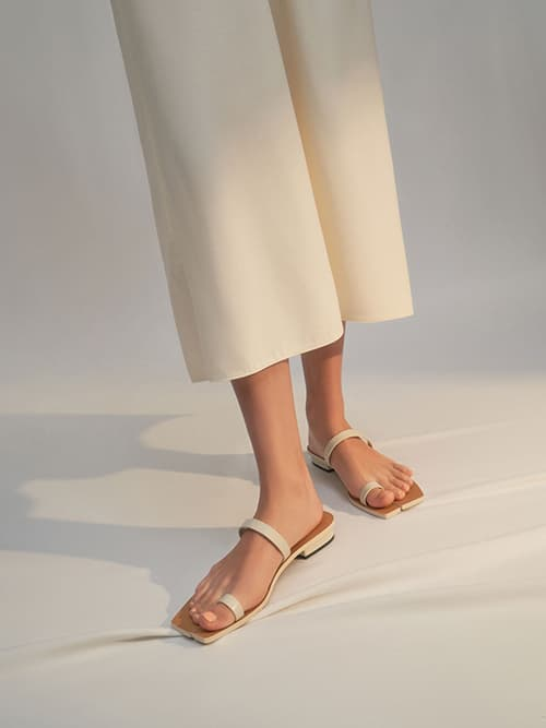 Toe Ring Flat Sandals, Chalk