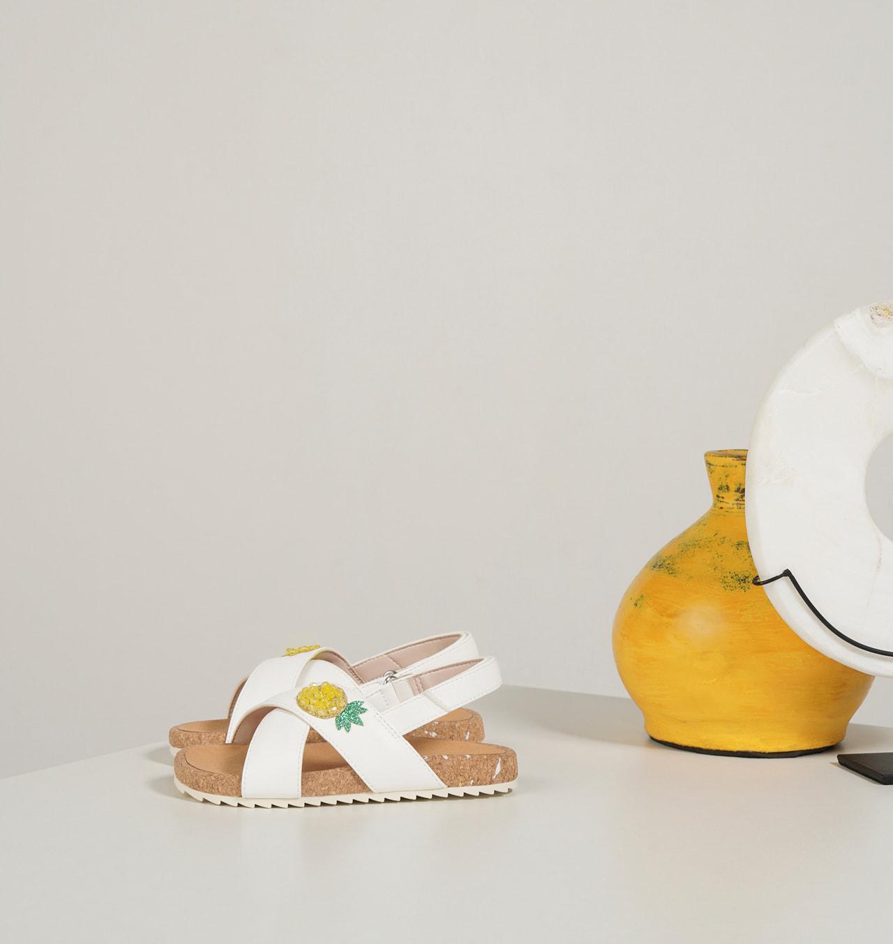 兒童小鳳梨涼鞋 – CHARLES & KEITH
